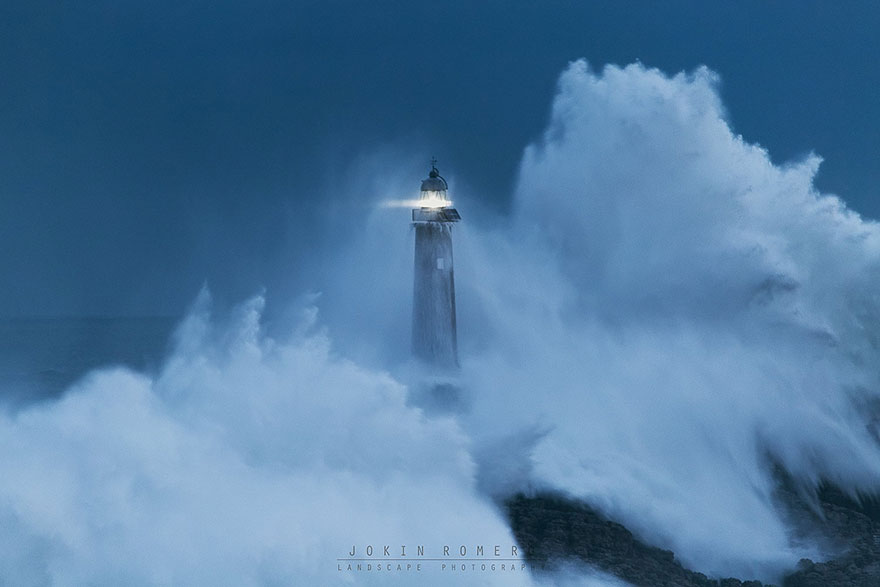 Photograph of Mouro Island Lighthouse (Built In 1860), Spain, Image credits: Jokin Romero