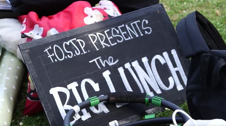 Photo of a sign at St James Park for Big Lunch