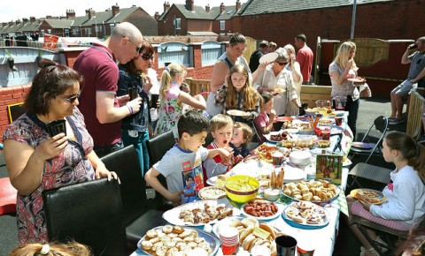 Folks in Hemsworth putting on a sensational spread!