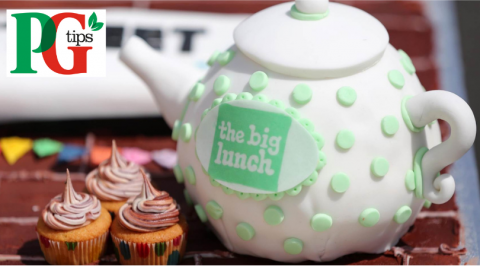 Tea pot with The Big Lunch logo and PG tips logo
